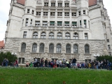 <h5>Neues Rathaus mit Goerdeler-Denkmal</h5>
